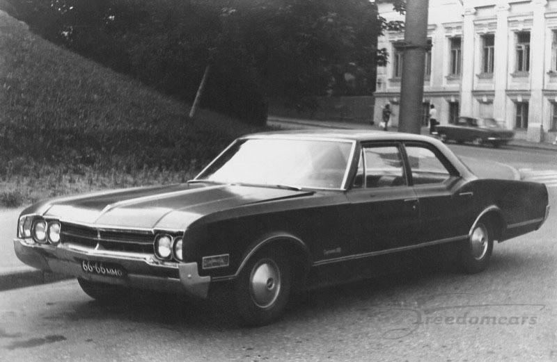66_Oldsmobile_88_Dynamic.jpg